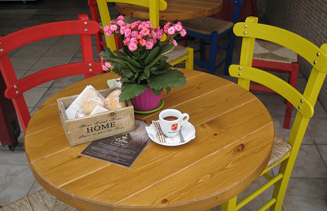 coffee-house-002.jpg